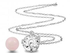 Choisir un bola de grossesse, un bijou en pierre naturelle